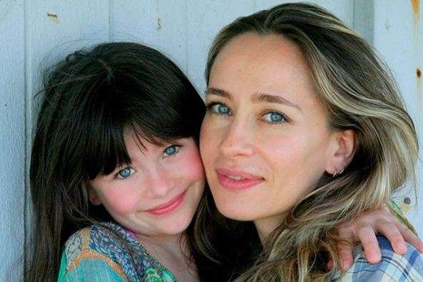 Malina Weissman and her mother