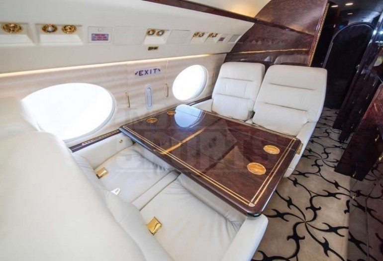 Floyd Mayweather New Private Jet Air Mayweather 2