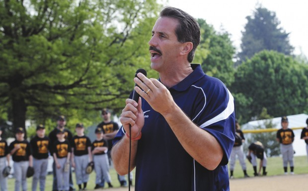 Sid Bream speaks at Mt. Holly Youth Sports Opening Day