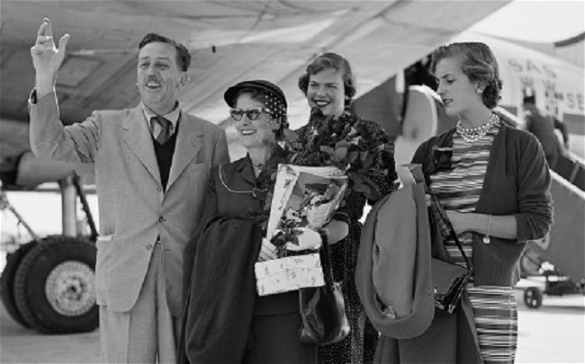 Walt Disney with his wife Lillian and daughters Sharon and Diane